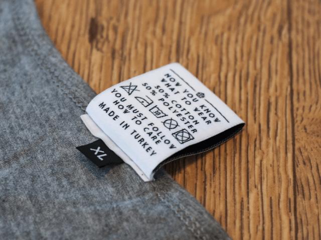 Come lavare una t-shirt stampata in serigrafia?