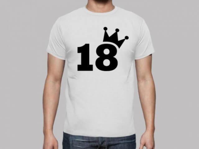 magliette personalizzate per 18 anni