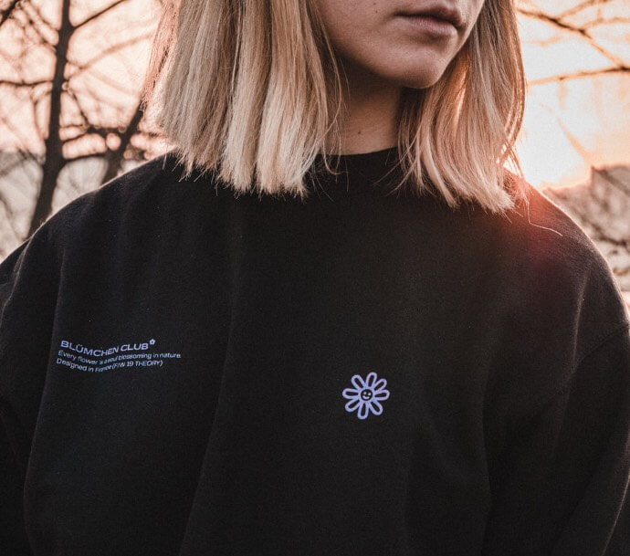 maglione con scritta nome